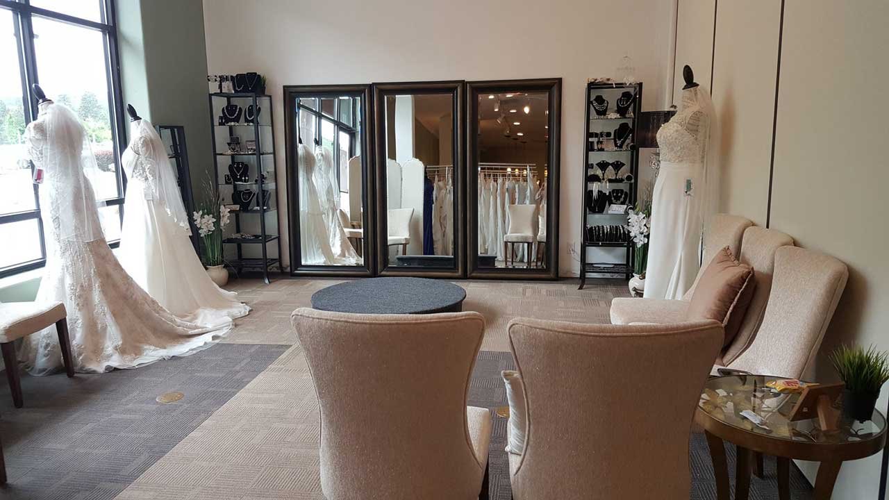 Mirrors at The Bridal Suite and Special Occasion